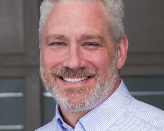 Dr. Peter Buecker